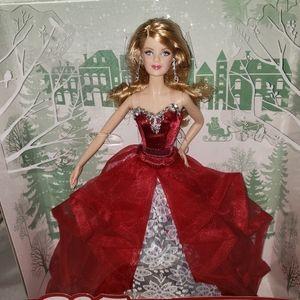 2015 holiday barbie collectors iten